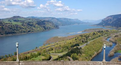 Columbia Gorge River View
